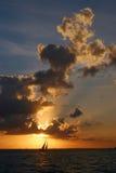 ηλιοβασίλεμα ναυσιπλ&omicro Στοκ Φωτογραφία