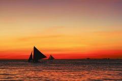ηλιοβασίλεμα ναυσιπλ&omicro Στοκ φωτογραφίες με δικαίωμα ελεύθερης χρήσης