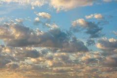 ηλιοβασίλεμα ουρανού σ στοκ εικόνα με δικαίωμα ελεύθερης χρήσης