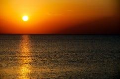 Ηλιοβασίλεμα πέρα από την παραλία Bilgah Στοκ εικόνες με δικαίωμα ελεύθερης χρήσης