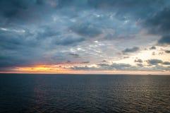 Ηλιοβασίλεμα πέρα από τη θάλασσα της Βαλτικής Στοκ φωτογραφία με δικαίωμα ελεύθερης χρήσης
