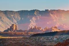 Ηλιοβασίλεμα πέρα από το ηφαίστειο Teide Tenerife, Κανάριο νησί, Spainsunset πέρα από caldera του ηφαιστείου Στοκ εικόνα με δικαίωμα ελεύθερης χρήσης