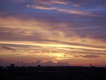 Ηλιοβασίλεμα πέρα από το Ταλίν στοκ φωτογραφία με δικαίωμα ελεύθερης χρήσης