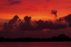 Ηλιοβασίλεμα πέρα από Cancun, Μεξικό Στοκ Εικόνες