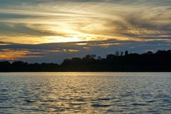 Ηλιοβασίλεμα πέρα από Laguna Grande στοκ φωτογραφία με δικαίωμα ελεύθερης χρήσης