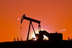 ηλιοβασίλεμα πετρελαί&omi Στοκ Εικόνα