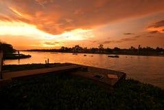 ηλιοβασίλεμα ποταμών chaisi nakhon Στοκ φωτογραφία με δικαίωμα ελεύθερης χρήσης