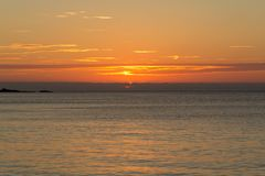 Ηλιοβασίλεμα που αντιμετωπίζεται από την παραλία Porthmeor, ST Ives στοκ φωτογραφίες με δικαίωμα ελεύθερης χρήσης