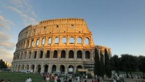 Ηλιοβασίλεμα που πυροβολείται Ιταλία του colosseum στη Ρώμη, απόθεμα βίντεο