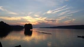 Ηλιοβασίλεμα σε Δούναβη Στοκ Εικόνα