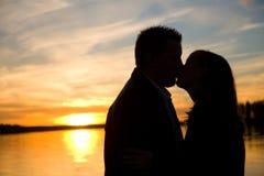 ηλιοβασίλεμα σκιαγραφ& Στοκ φωτογραφίες με δικαίωμα ελεύθερης χρήσης