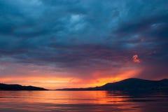 Ηλιοβασίλεμα στα βουνά. Στοκ φωτογραφία με δικαίωμα ελεύθερης χρήσης
