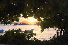 Ηλιοβασίλεμα στην παραλία στοκ φωτογραφία