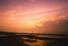Ηλιοβασίλεμα στην παραλία Hunstanton στοκ φωτογραφίες