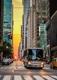 Ηλιοβασίλεμα στη 42$η οδό στοκ φωτογραφίες