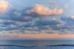 Ηλιοβασίλεμα στη θάλασσα Στοκ Φωτογραφίες