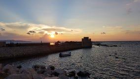 Ηλιοβασίλεμα στη θάλασσα Trapani, Σικελία, Ιταλία στοκ φωτογραφία με δικαίωμα ελεύθερης χρήσης