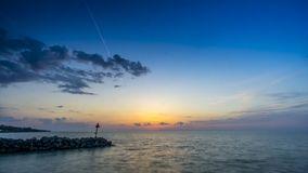 Ηλιοβασίλεμα στη λίμνη Erie απόθεμα βίντεο