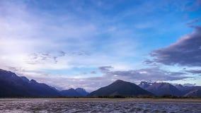 Ηλιοβασίλεμα στη λίμνη Wakatipu - Glenorchy, Νέα Ζηλανδία απόθεμα βίντεο