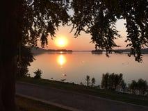 Ηλιοβασίλεμα στον περίπατο Dieksee σε κακό Malente Στοκ εικόνες με δικαίωμα ελεύθερης χρήσης