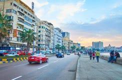 Ηλιοβασίλεμα στο κέντρο πόλεων της Αλεξάνδρειας, Αίγυπτος στοκ εικόνα