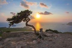 Ηλιοβασίλεμα στο νησί της Ρόδου που βλέπει από το κάστρο Monolithos, Ελλάδα Στοκ εικόνα με δικαίωμα ελεύθερης χρήσης