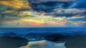 Ηλιοβασίλεμα στο φράγμα λιμνών νότιου Holston Στοκ Φωτογραφίες