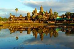 ηλιοβασίλεμα της Καμπότζης angkor wat Στοκ Εικόνα