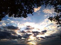 Ηλιοβασίλεμα της Τοσκάνης στοκ εικόνα με δικαίωμα ελεύθερης χρήσης