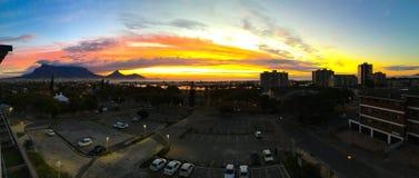 Ηλιοβασίλεμα του Καίηπ Τάουν Στοκ φωτογραφία με δικαίωμα ελεύθερης χρήσης