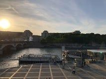 Ηλιοβασίλεμα του Παρισιού στοκ εικόνες με δικαίωμα ελεύθερης χρήσης