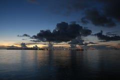 ηλιοβασίλεμα τροπικό Στοκ Φωτογραφία