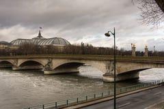 Ηλιοβασίλεμα. Όψη του ποταμού του Παρισιού και Sena Στοκ φωτογραφίες με δικαίωμα ελεύθερης χρήσης