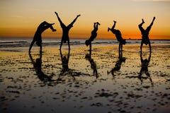 ηλιοβασίλεμα διασκέδα&si Στοκ Εικόνες