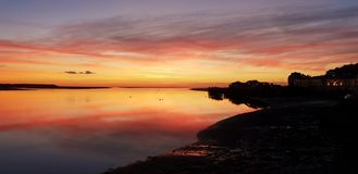 Ηλιοβασίλεμα Aberdovey Ουαλία Ηνωμένο Βασίλειο στοκ φωτογραφία με δικαίωμα ελεύθερης χρήσης