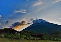 Ηλιοβασίλεμα Arenal στο ηφαίστειο, Κόστα Ρίκα Στοκ φωτογραφίες με δικαίωμα ελεύθερης χρήσης