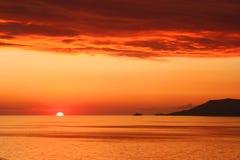 ηλιοβασίλεμα dikili Στοκ εικόνα με δικαίωμα ελεύθερης χρήσης