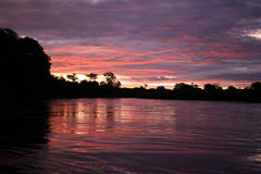 ηλιοβασίλεμα okavongo Στοκ Εικόνες