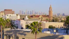Ηλιοβασιλέματος ελαφριά εικονική παράσταση πόλης άποψης του Λος Άντζελες εναέρια απόθεμα βίντεο