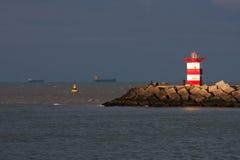 Ηλιοφώτιστος φάρος Στοκ εικόνες με δικαίωμα ελεύθερης χρήσης