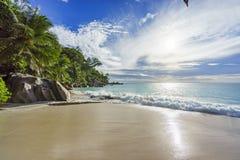 Ηλιόλουστη ημέρα στην παραλία anse Georgette, praslin Σεϋχέλλες 7 παραδείσου Στοκ Φωτογραφίες