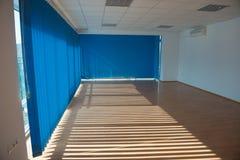 Ηλιόλουστο δωμάτιο γραφείων Στοκ Εικόνα