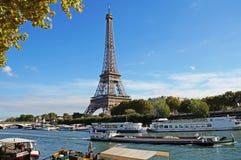 Ηλιόλουστο Παρίσι Στοκ Φωτογραφίες