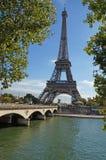Ηλιόλουστο Παρίσι Στοκ φωτογραφία με δικαίωμα ελεύθερης χρήσης