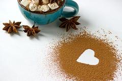 Ημέρα βαλεντίνων backround marshmellow, μπλε anis αστεριών σκονών κακάου καφέ φλυτζανιών Στοκ Εικόνες