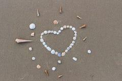 Ημέρα βαλεντίνων στην παραλία στοκ φωτογραφία με δικαίωμα ελεύθερης χρήσης