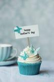 Ημέρα μητέρας cupcake στοκ εικόνες