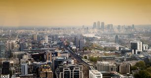 Ημέρα οριζόντων πόλεων του Λονδίνου Canary Wharf Στοκ εικόνες με δικαίωμα ελεύθερης χρήσης