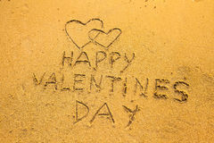 Ημέρα του ευτυχούς βαλεντίνου - στην άμμο παραλιών Στοκ Εικόνα