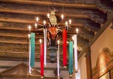 Ημέρα των Χριστουγέννων Ventura Καλιφόρνια αποστολής SAN Buenaventura πολυελαίων Στοκ φωτογραφίες με δικαίωμα ελεύθερης χρήσης
